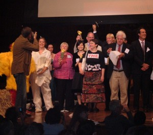 Ig Nobel winners, Nobel Laureates and chicken and egg opera singers, 2007